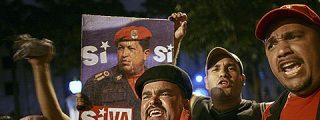 """Hugo Chávez gana el referéndum y abre la vía para ser """"presidente eterno"""""""