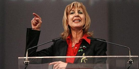 "Rosa Díez exige responsabilidades ""políticas"" a Solbes y ""penales"" a Moltó"