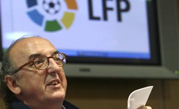 Competencia amenaza con romper la 'paz del fútbol'