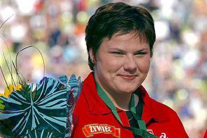 La campeona olímpica de pesó más joven de la historia muere mientras se entrenaba