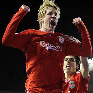 """El """"Niño"""" Torres tira del Liverpool"""