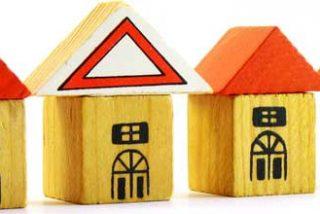 Expertos no ven próximo el ajuste del sector inmobiliario y creen que seguirán cayendo los precios durante varios años