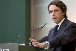 Aznar inicia su visita a Colombia para participar en foros sobre la crisis mundial