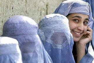 El presidente de Afganistán aprueba un ley que permite las violaciones dentro del matrimonio