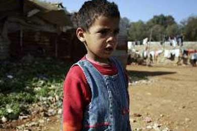 """Cáritas exige medidas de protección social """"para amparar a los colectivos vulnerables"""""""
