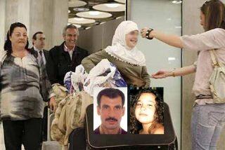 Regresa a España la niña que fue secuestrada y llevada a Irak por su padre en 2006