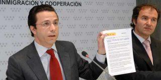 El Gobierno regional denuncia el recorte de dinero, que anunció el Gobierno de Zapatero, en políticas sociales