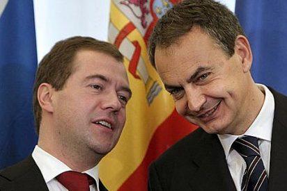 Medvedev asegura ante Zapatero que nadie ha cerrado la puerta a la entrada de Lukoil en Repsol