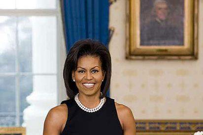 Michelle Obama se queja de que su trabajo está muy mal pagado