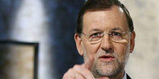 Rajoy anuncia un gran acto en Sevilla por el empleo y contra la subida de impuestos