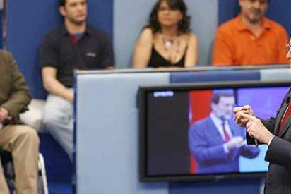 Rajoy se ha pasado el fin de semana hincando los codos