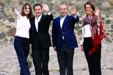"""Nicolas Sarkozy y Carla Bruni visitan Teotihuacan """"Ciudad de los Dioses"""""""