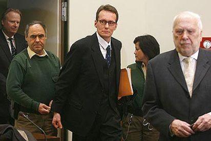 El gigoló que sedujo a la dueña de BMW, condenado a seis años de cárcel por chantajearla
