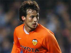 La Juventus negocia por David Silva