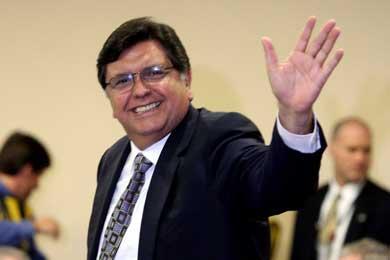 Alan García no trató diferendo marítimo con Bachelet, sino crisis económica