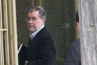 El ex ministro Bermejo sigue de 'okupa' en el ático oficial