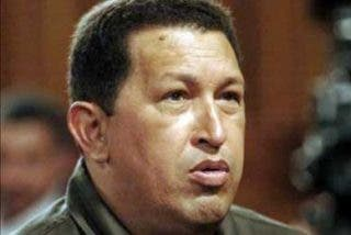 Llegó el Gorila Chávez y mandó a callar