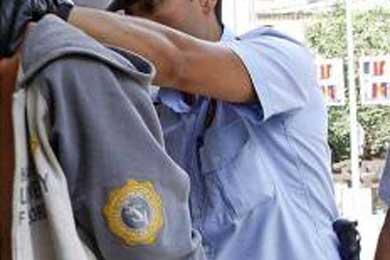La policía libera a tres chinos retenidos por una red de tráfico de personas