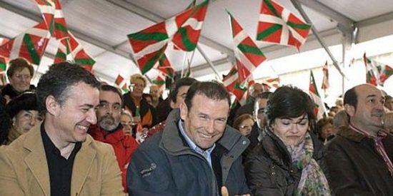 """Urkullu, en el monte: """"La bandera española pronto ondeará en Ajuria Enea"""""""