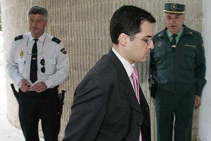 Juristas y economistas se manifiestan contra el juez Torres en Marbella