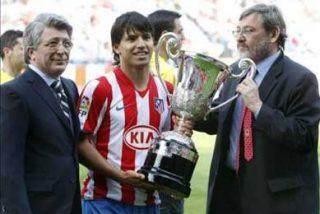 'Kun' Agüero recibe el Trofeo Comunidad Iberoamericana