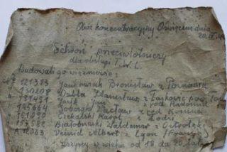 Hallado un mensaje en una botella enterrada en Auschwitz