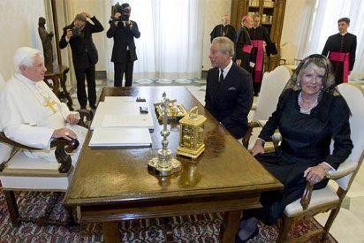 El Papa recibe a Carlos y Camila en el Vaticano