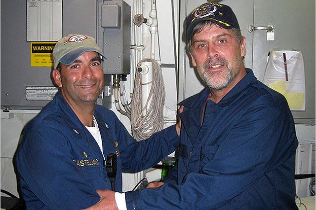 Liberado a tiros el capitán estadounidense secuestrado por piratas en el Índico