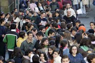 Asociación de inmigrantes recogerá firmas para oponerse a Ley Extranjería