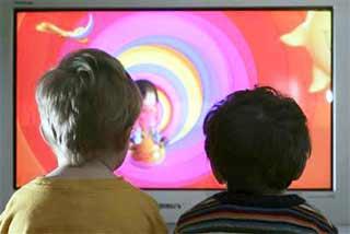 Cada hora de TV causa problemas de atención a los niños