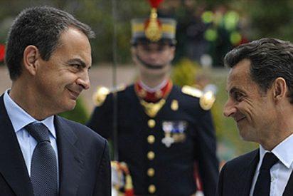 """Sarkozy pasa del """"ZP no es muy listo"""" al """"José Luis es brillante"""""""