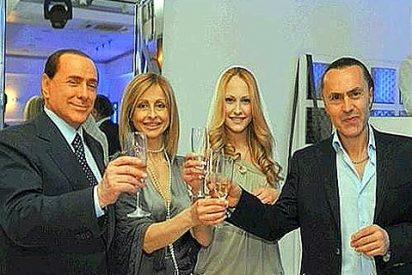 Las polémicas fotos de papi Berlusconi y la maciza Noemi