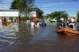 Casi 50 muertos y 409 mil desalojados por lluvias en Brasil