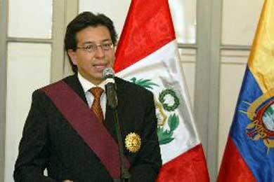 """Ecuador reafirma posición de """"independencia"""" en relación con diferendo entre Perú y Chile"""