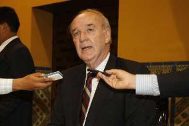 "El canciller peruano afirma que Perú decide los asilos ""de manera soberana"""