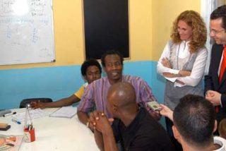 La Comunidad de Madrid ayudó a cerca de 90.000 inmigrantes en la formación y búsqueda de empleo en 2008