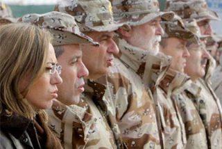 Sesenta militares de León estuvieron en Hoyos y hay dos posibles casos