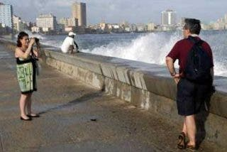 Cuba enfocará sus inversiones en captar más turistas y evitar el decrecimiento