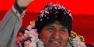 """El boliviano Morales llama """"chabacano"""" al peruano Alan García"""