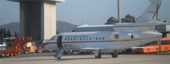 Zapatero vuelve a utilizar un avión militar para asistir a un acto de partido en Asturias