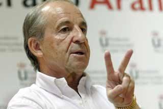 Marca ficha a José María García