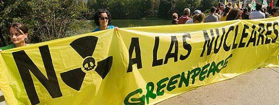 Zapatero utiliza argumentos erróneos para justificar el cierre de la central nuclear de Garoña