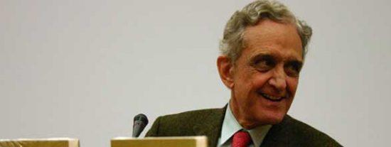 """Pedro Schwartz: """"La Ley de Economía Sostenible propuesta por ZP recuerda a los Planes de Desarrollo del franquismo"""""""