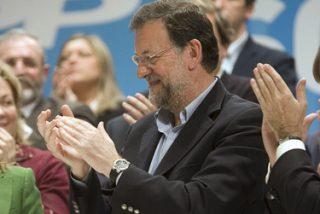 """Rajoy resume la política económica de Zapatero en """"engaño"""", """"tiempo perdido"""" e """"incapacidad"""""""