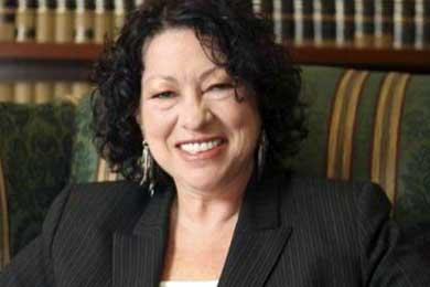 """Obama califica como """"tonterías"""" las críticas contra Sonia Sotomayor"""