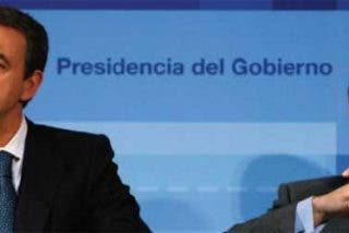 FAES recopila las mentiras y engaños de Zapatero y Solbes negando la crisis