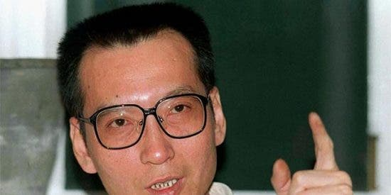 China detiene a un líder de la disidencia y le acusa de incitar a la subversión