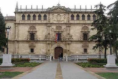 Madrid firma un convenio con UAH para promover la integración de inmigrantes universitarios