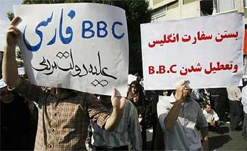 Irán mantiene su pulso y expulsa al corresponsal de la BBC