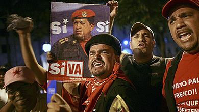 Chávez arremete contra España por unirse a la celebración de las independencias americanas